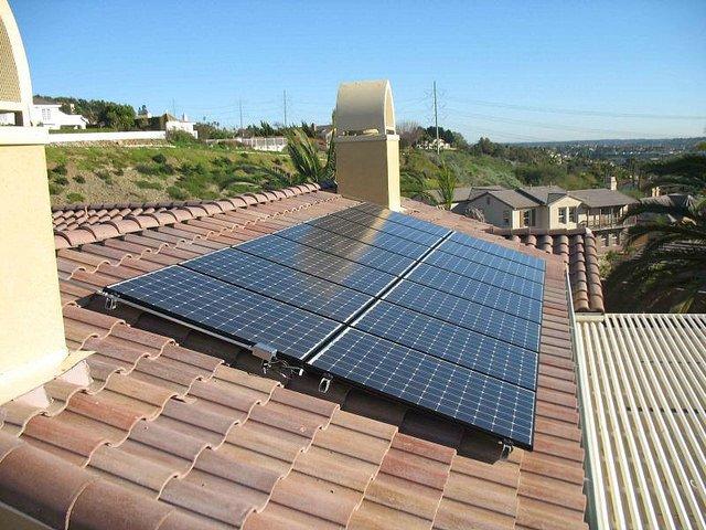Placas solares para casa tesla ha anunciado en la for Placas solares precios para una casa