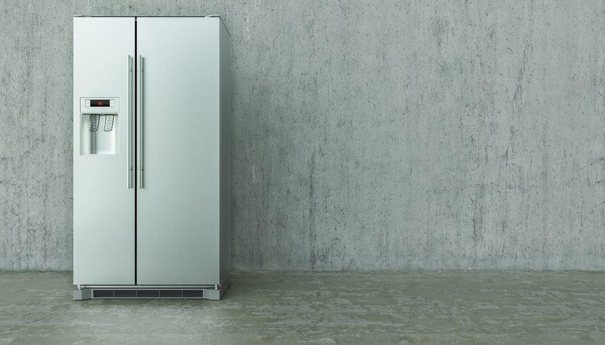cuántos paneles solares necesito para alimentar un refrigerador.Com